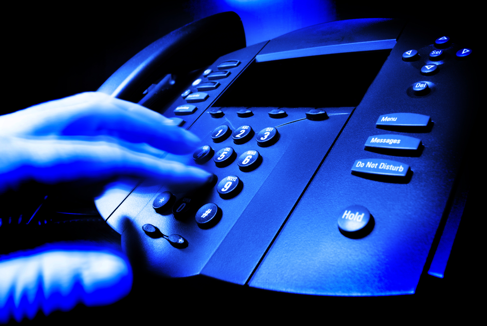 choosing-the-right-business-telephone-system-the-basics