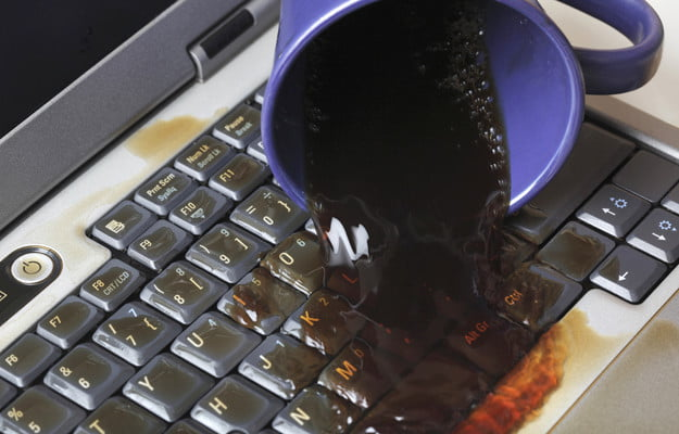 how-to-resolve-liquid-spilled-on-computers